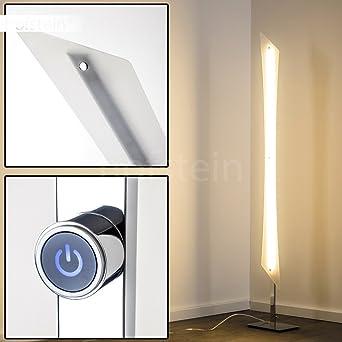 Lampadaire LED Saanich en métal de couleur chrome Luminaire