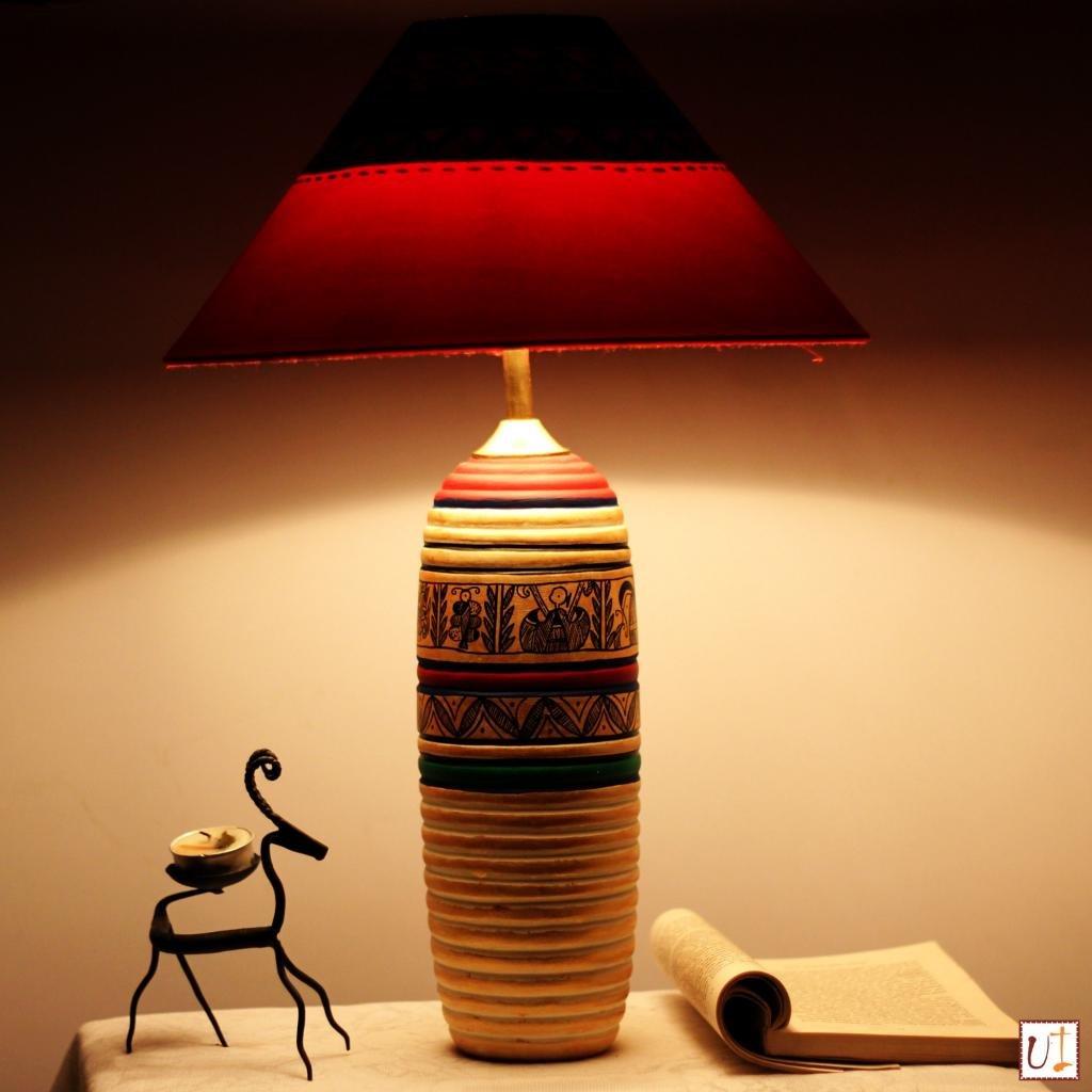Unravel India Teracotta Madhubani Handpainted Table Lamp