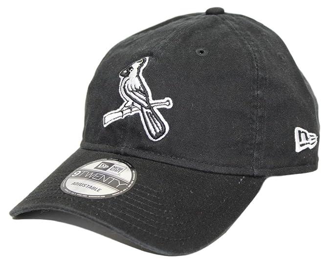 watch 3d51b dc001 Amazon.com   New Era St. Louis Cardinals 9TWENTY Black Core Classic  Adjustable Hat Cap   Sports   Outdoors