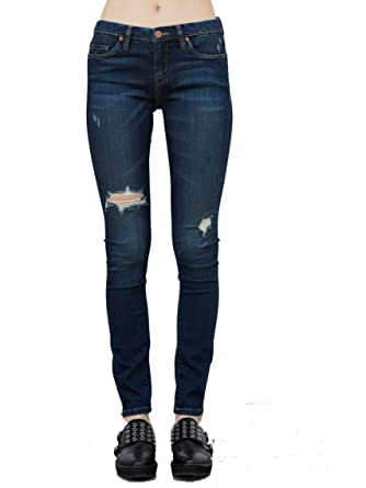 ec9d592578d83 Blank NYC Distressed Skinny Jeans at Amazon Women s Jeans store