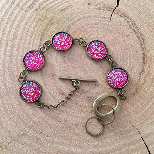 [Dark Pink Faux Druzy Antique Bronze Tone Bracelet] (Dark Cupid Costumes)