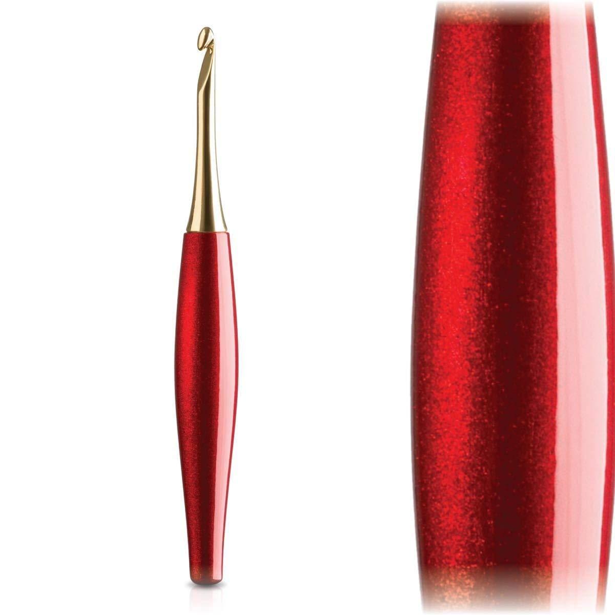Furls Odyssey Crochet Hook 14k Gold Plated Tip, Red Ergonomic Handle G - 4.0mm