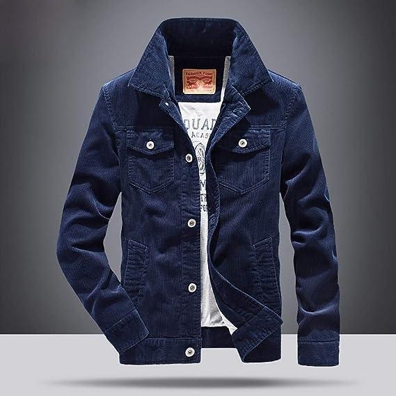 giacca blu risvolto nero maglietta