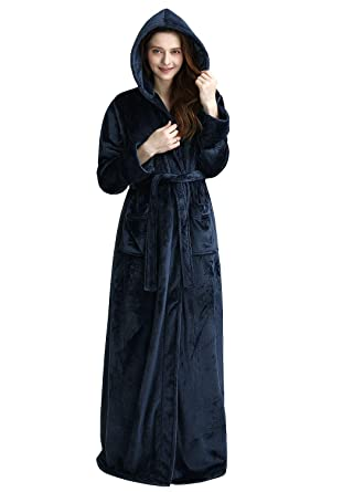 Womens Luxurious Full Length Hooded Plush Fleece Robe e08a70f3f
