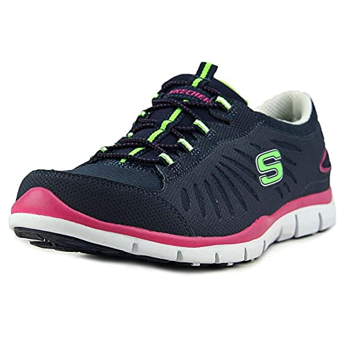 sports shoes d2ae1 aa2c6 Top 5 Of The Best Running Shoes For Flat Feet – Don't Shop ...