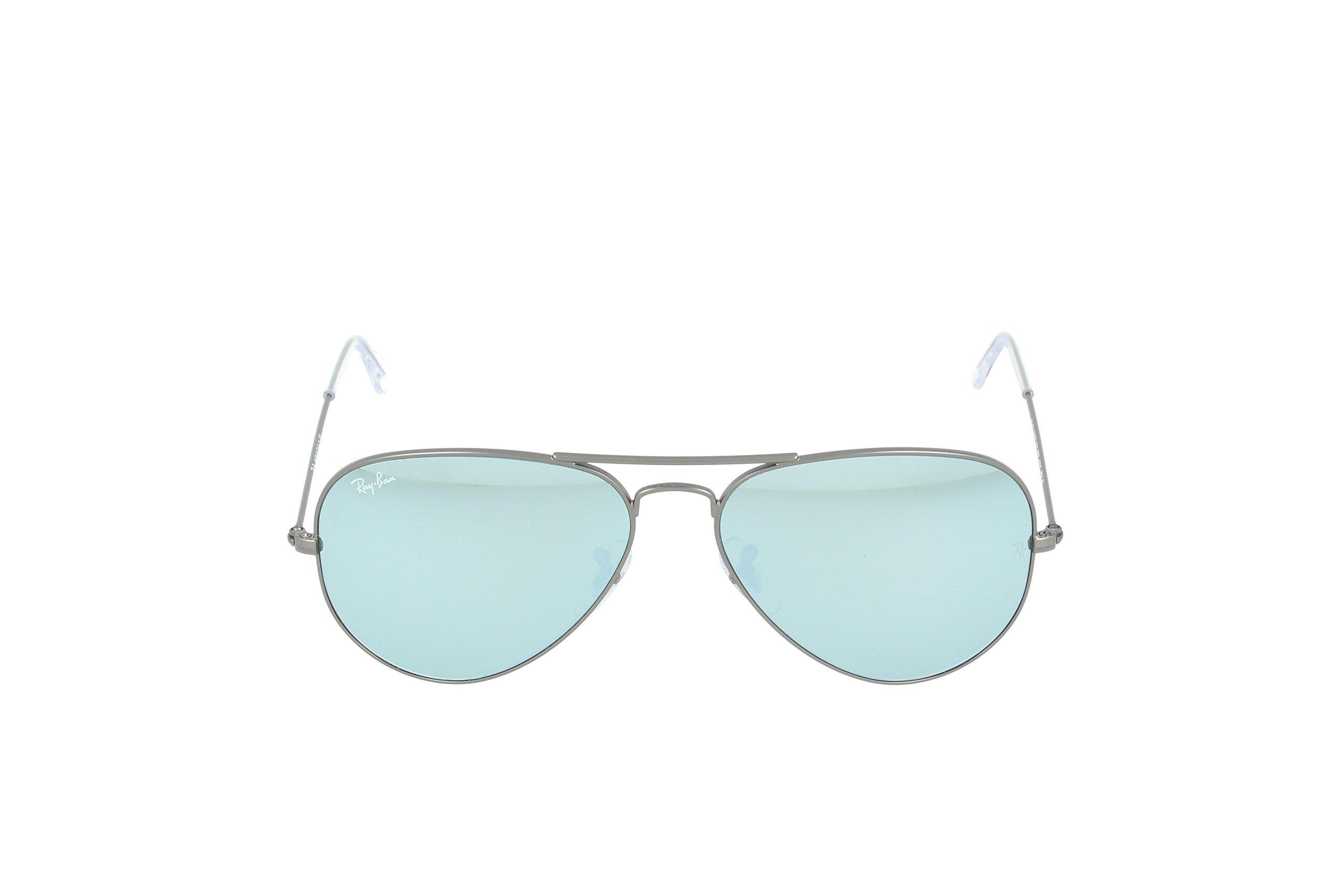 Ray-Ban 3025 Aviator Large Metal Mirrored Non-Polarized Sunglasses, Gunmetal/Silver Flash (029/30), 58 mm by Ray-Ban (Image #2)