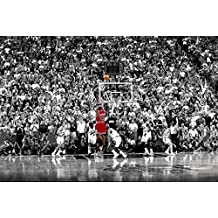 MICHAEL JORDAN CHICAGO BULLS LAST SHOT 1998 (Basketball) Sports Poster Print (20in x 13in)