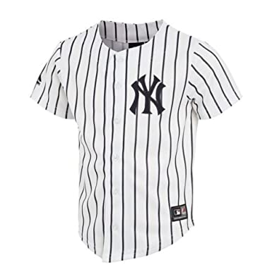 f4102fb4d53 Majestic Athletic Boys New York Yankees Baseball Jersey White Pinstripe  (8 10 Years)  Amazon.co.uk  Clothing