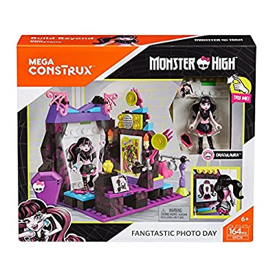 Mega Contrux Monster High Fangtastic Photo Day Building Set: Toys & Games