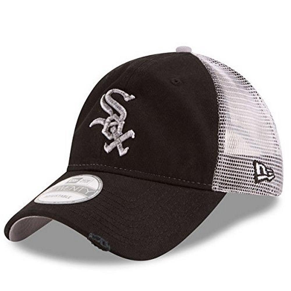 6ee9f8131e8b5 Amazon.com   Chicago White Sox New Era Team Rustic 9TWENTY Adjustable Hat -  Black   Clothing
