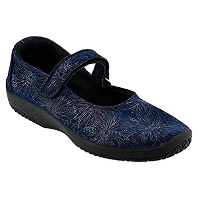 Amazon.com | Arcopedico Women's L45 Shoe | Flats