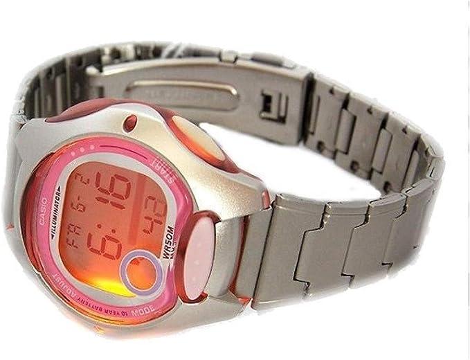 Casio Filles Digital Quartz Montre avec Bracelet en Acier  BPmry