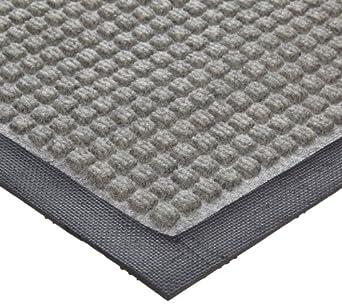 Crown Polypropylene Anti-Slip Wiper/Scraper Mat, for Indoor Dry Areas, Gray