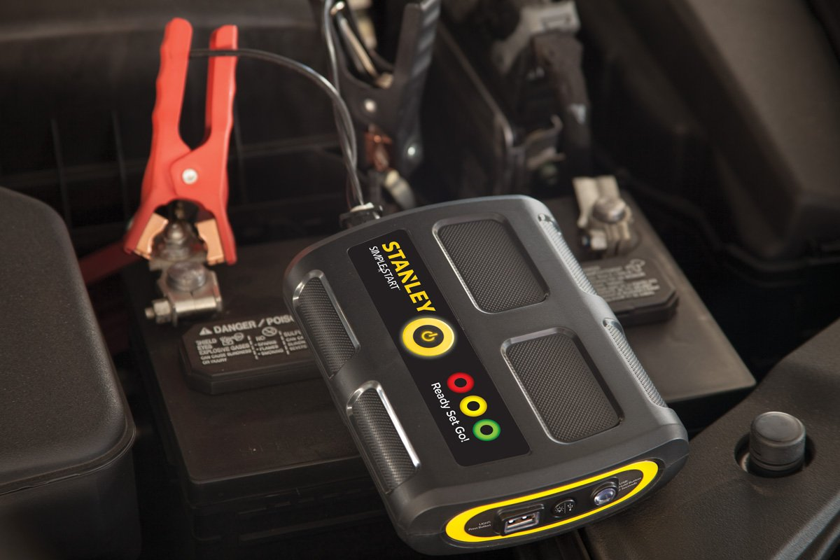 STANLEY P2G7S Simple Start Lithium Ion Portable Power and Vehicle Battery Booster by STANLEY (Image #5)