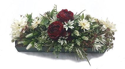 MadridFlor Bandeja de madera envejecida de flores artificiales Rosas rojas Margaritas Blancas Cactus Arreglo floral decorativo