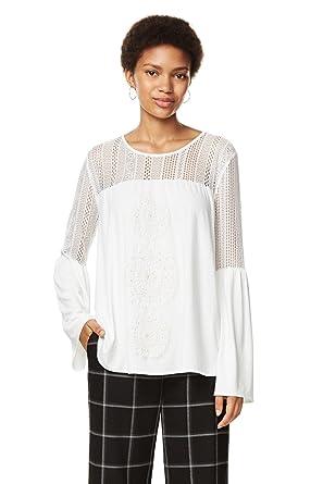 ab148b01d37a1 Desigual T Shirt Blouse Neusifu Ecru 17WWTK13  Amazon.co.uk  Clothing