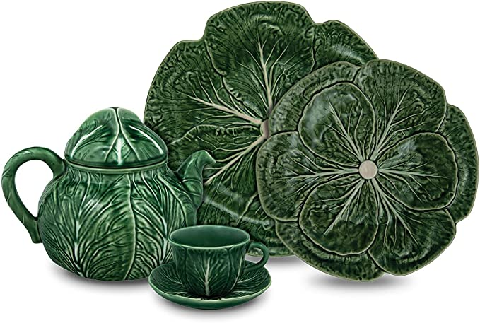 Set of  Two Cabbage plates in Vibrant turquoise made by Cabbages designed by Maxera