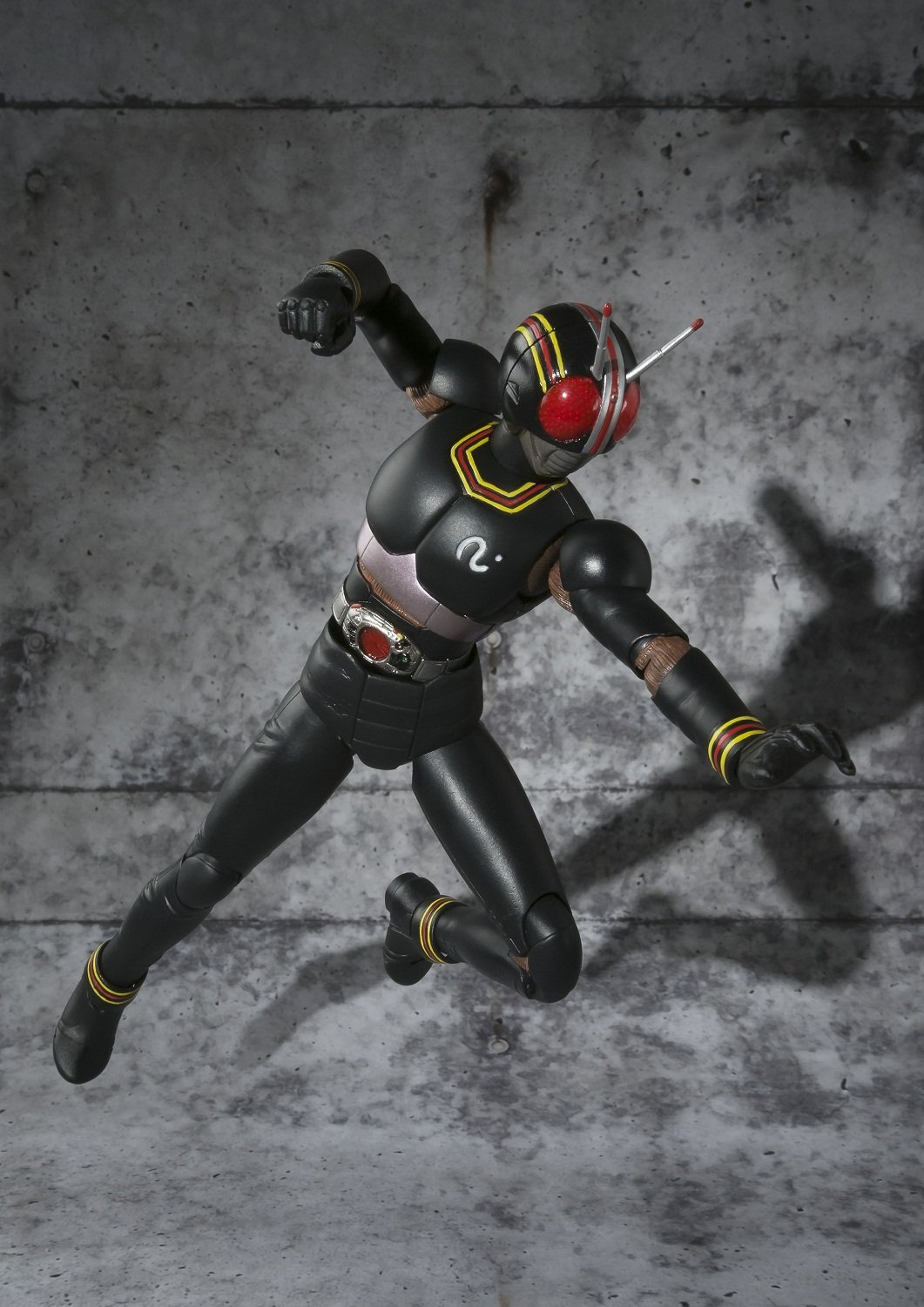 Bandai Tamashii Nations S.H Figuarts Kamen Rider Black Action Figure Bluefin Distribution Toys BAN82867