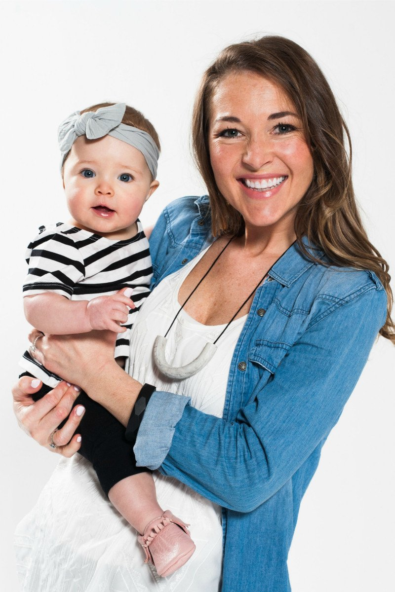Top 8 Best Teething Necklace For Mom (2020 Reviews & Buying Guide) 2