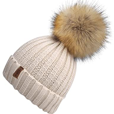 6dad003606c Ladies Winter Knit Bobble Hats For Women With Large Detachable Pom Pom   Amazon.co.uk  Clothing