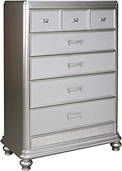 Ashley Furniture Signature Design Coralayne 5-drawer chest