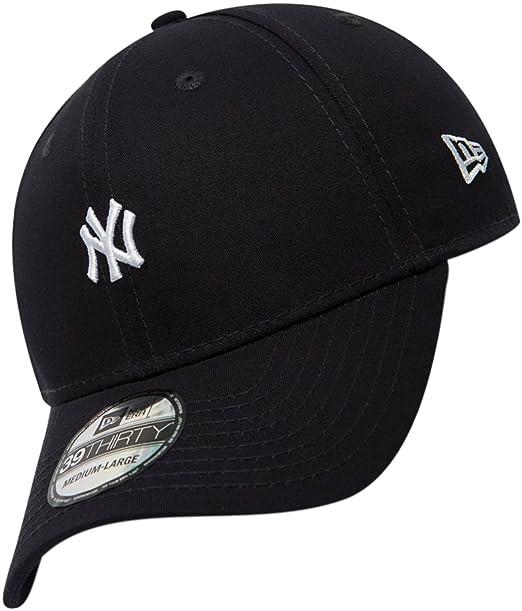 8218a6b3910 New Era 39THIRTY New York Yankees Baseball Cap - Mini Logo Essential - Navy  Medium Large  Amazon.co.uk  Clothing
