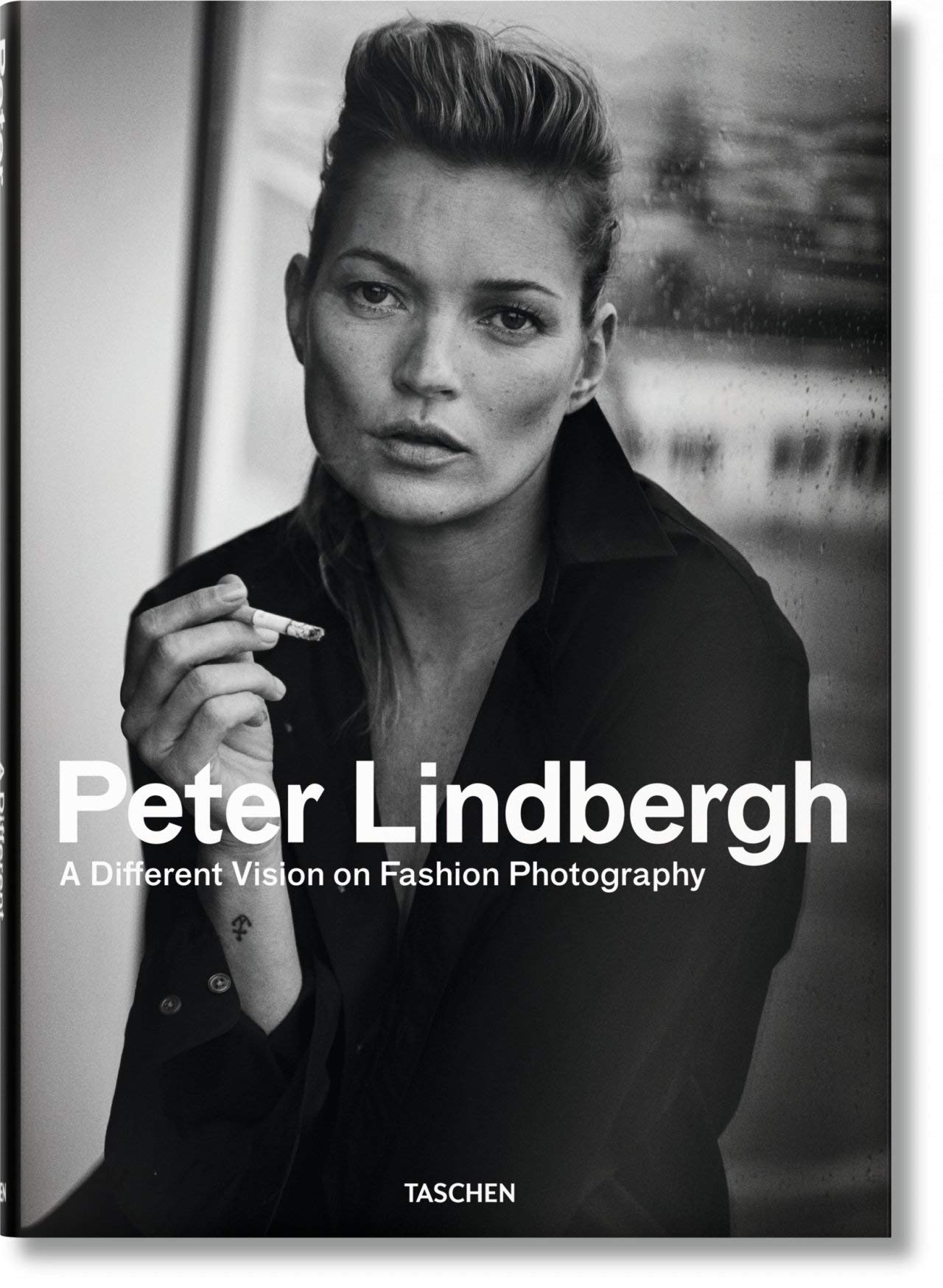Peter Lindbergh. A Different Vision on Fashion Photography (Multilingual Edition) by Lindbergh Peter