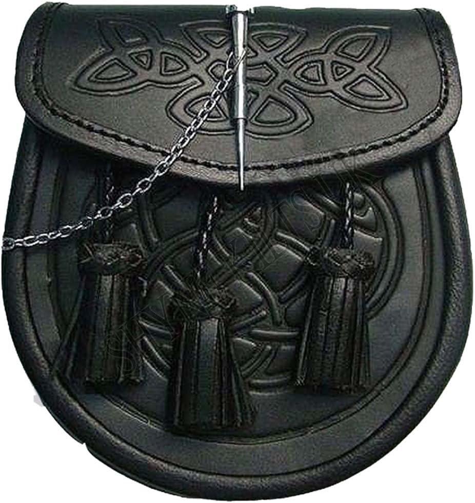 Morral para falda escocesa con detalles célticos en relieve, cierre con botón y cadena, de cuero de color negro