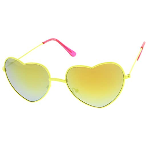 a3ce1a7740 Amazon.com  Womens Color Coated Full Metal Frame Color Mirror Heart Shape  Sunglasses (Yellow Gold)  Clothing