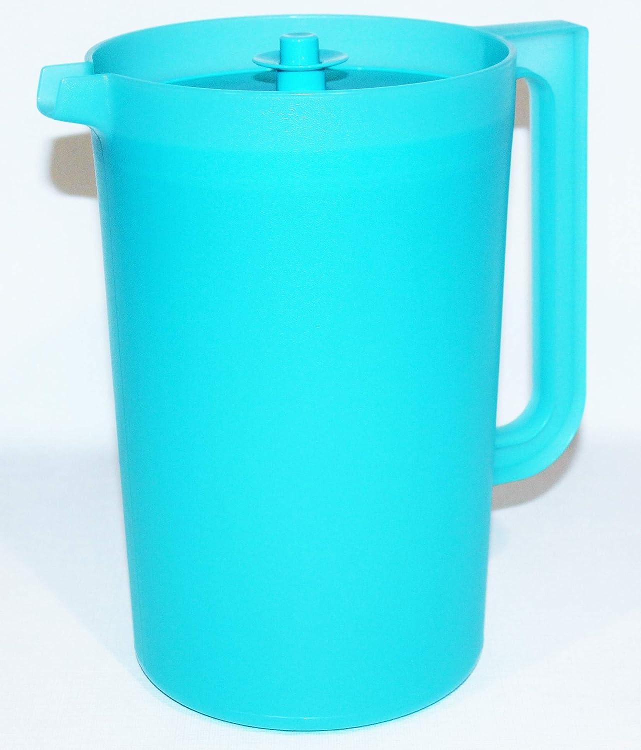 Tupperware Pitcher Classic Push-Button Style 1 Gallon Aqua Blue