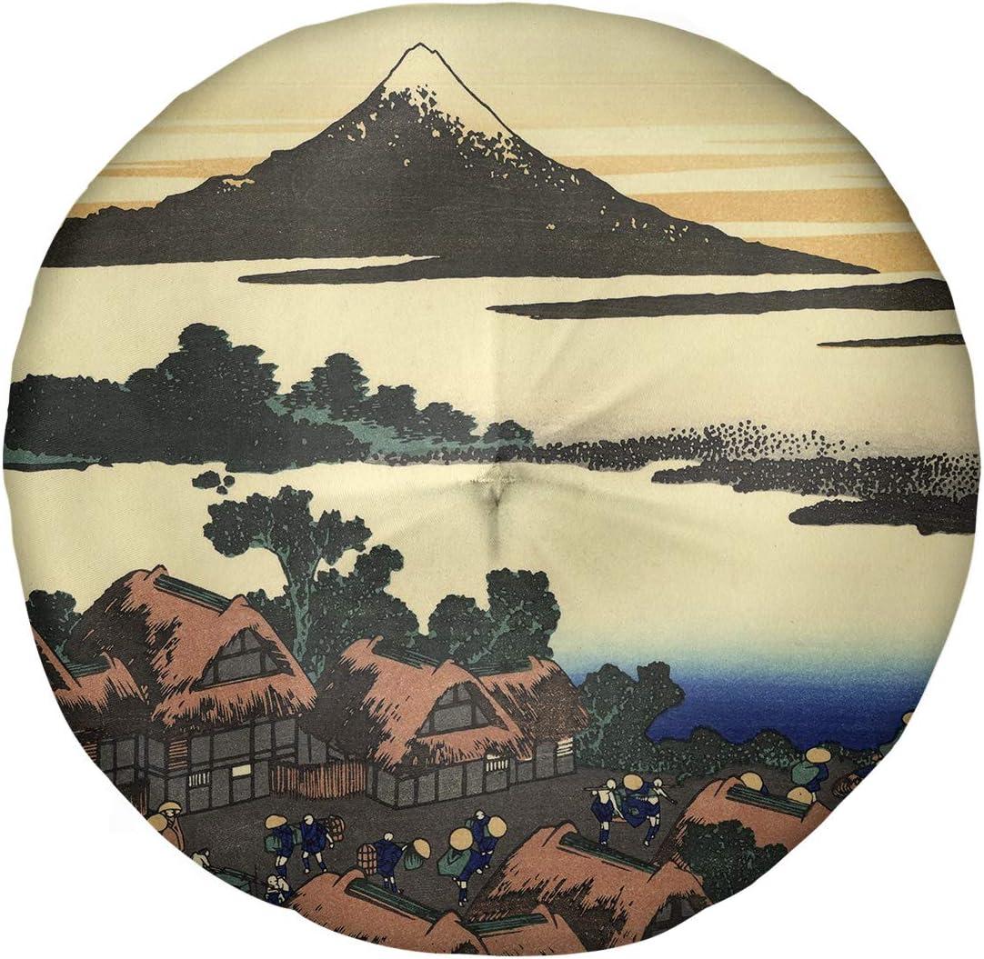 Amazon Com Artverse Katsushika Hokusai Dawn At Isawa In Kai Province Floor Pillow Round Tufted 30 X 30 Brown Green Home Kitchen