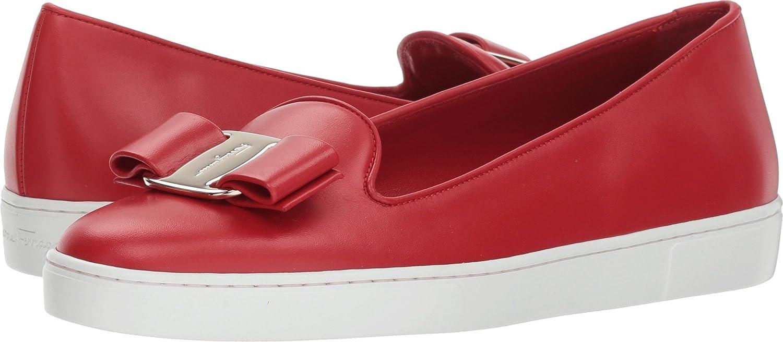 Novello Slip-Ons Shoes Red Lipstick