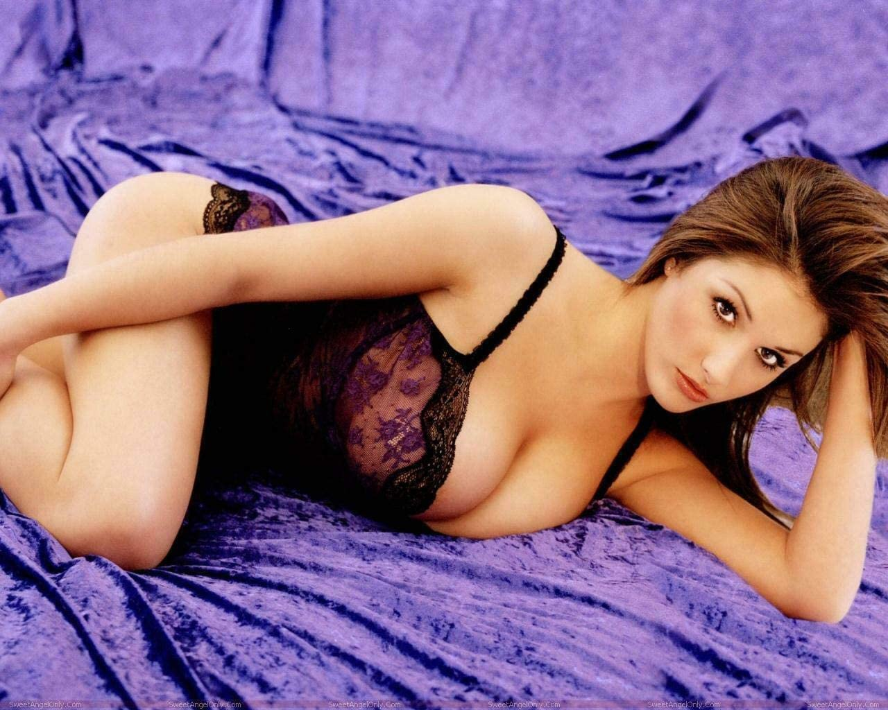 Lucy pinder lingerie