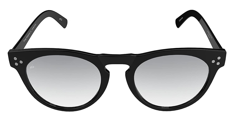 "334aeb4115e Amazon.com  PRIVÉ REVAUX ICON Collection ""The Warhol"" Designer Round  Polarized Sunglasses  Clothing"