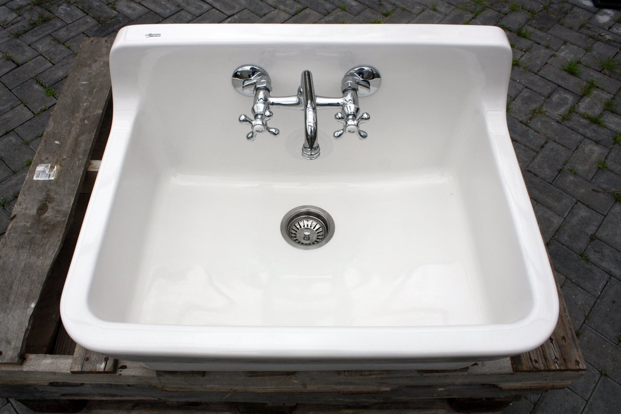 Amazon.com: Vintage Style High Back Farm Sink Original Porcelain Finish  Apron Kitchen Utility Sink Green Blue Kitchen Sink: Handmade