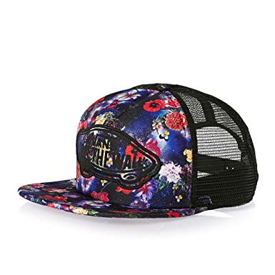 Image Unavailable. Image not available for. Color  Vans Womens Beach Girl Trucker  Hat 564e1992c91