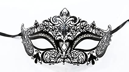 amazon com luxurious venetian black masquerade mask intricate