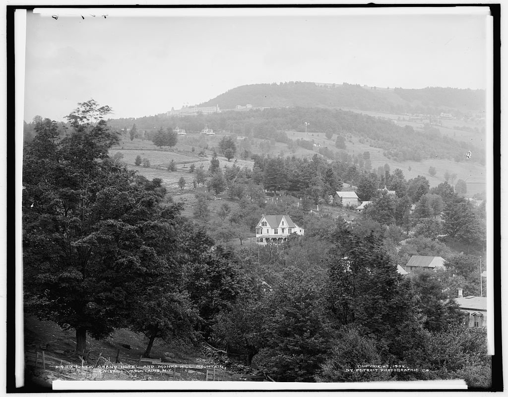 Vintography 8 x 10 Reprinted Old Photo New Grand Hotel Monka Hill Mountain Catskill Mountains N.Y. 1902 Detriot Publishing co. 29a