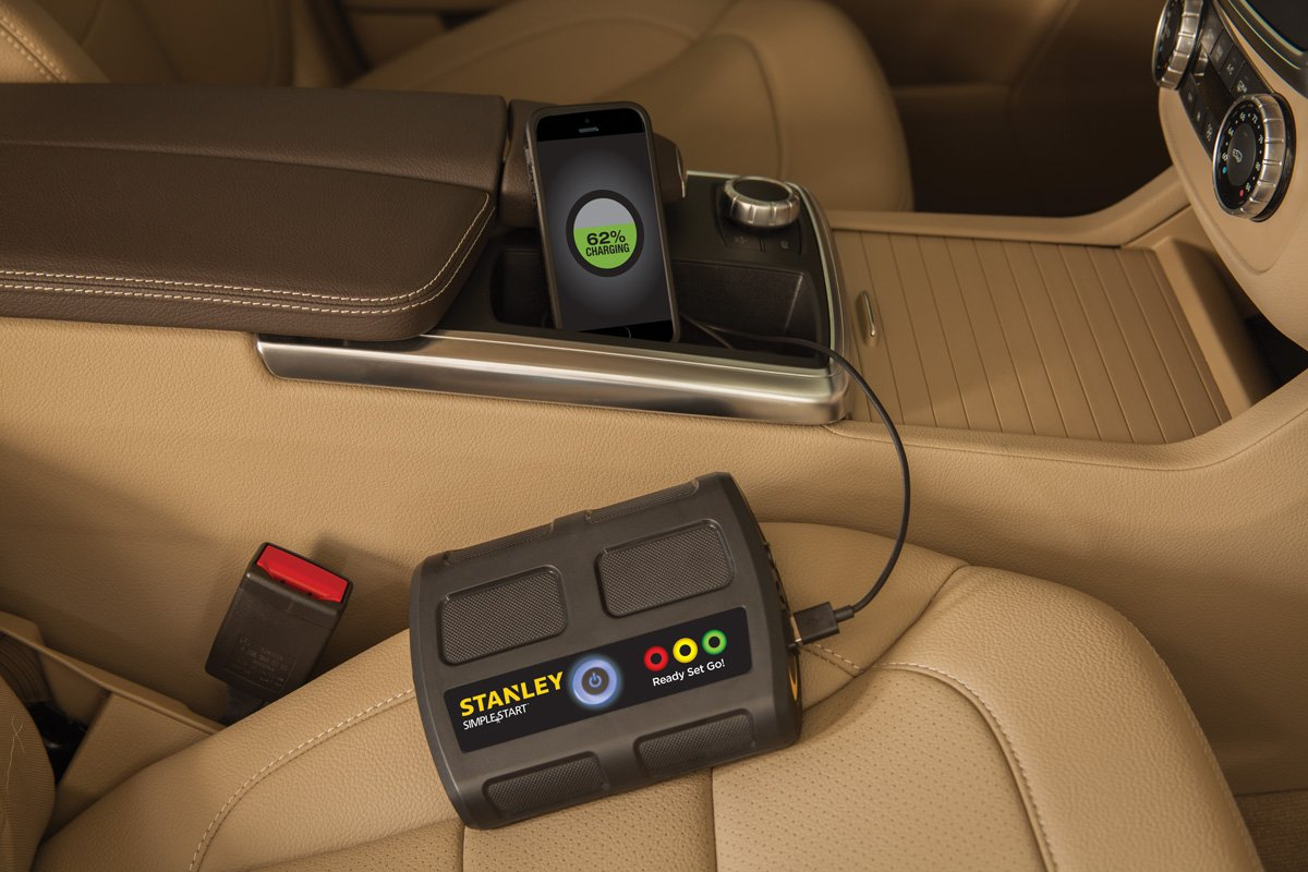 STANLEY P2G7S Simple Start Lithium Ion Portable Power and Vehicle Battery Booster by STANLEY (Image #4)