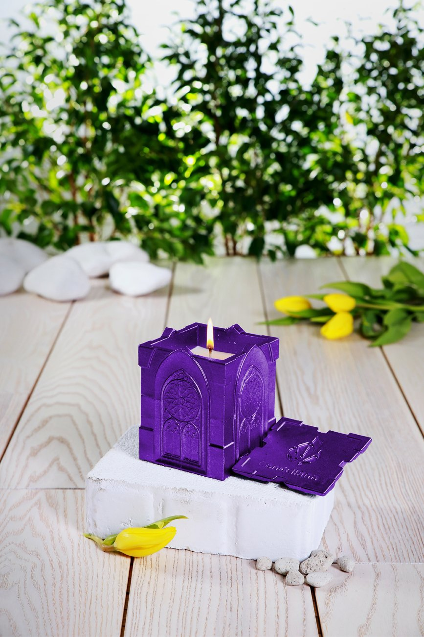 Candellana Candles Candlefort Concrete Candle Lemongrass Scent Gothic Violet Metallic