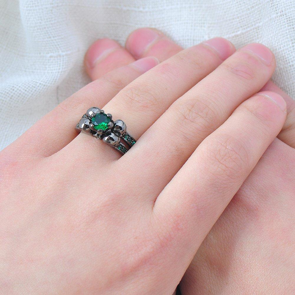 Amazon.com: Bamos Jewelry Womens Green Stone Skulls Black Gold ...
