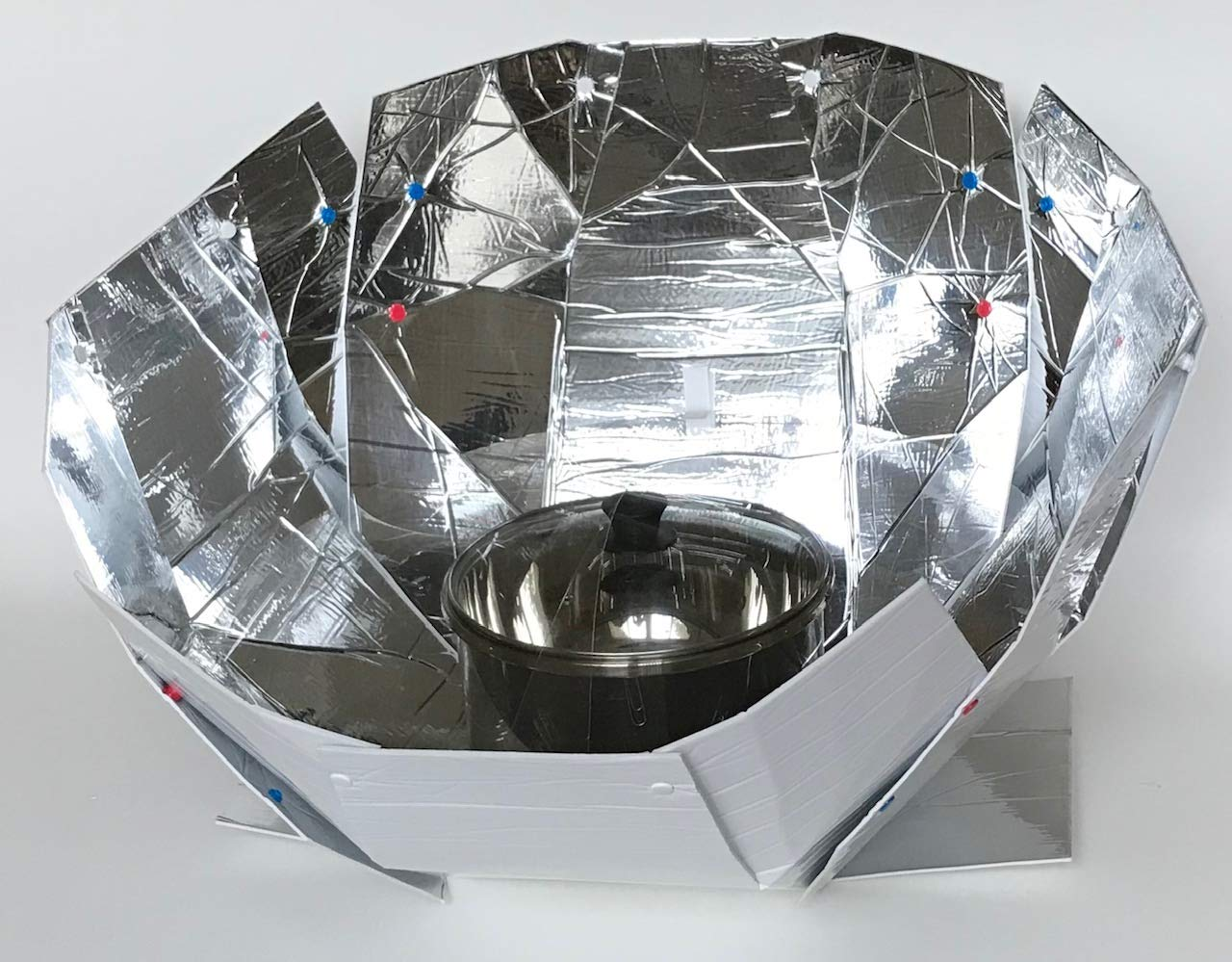 Haines 2.0 Solar Cooker and Dutch Oven Kit by Haines