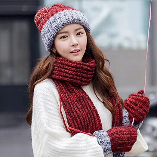7866de4c0b9 Amazon.com  PENGFEI Scarf Hat Gloves 3-Piece Set Girl Keep Warm Add Flannel  Student 4 Colors Optional