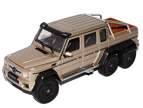 Amazon Com Mercedes Benz G63 Amg 6x6 Diecast Model Car Toys Games