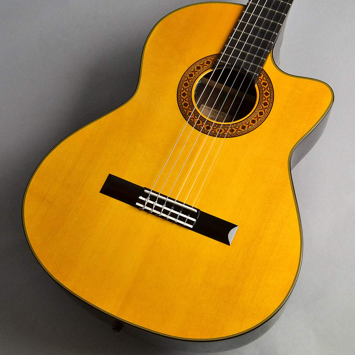 K.YAIRI CE-1 NS エレクトリッククラシックギター ハードケース付き   B00O9VURZE