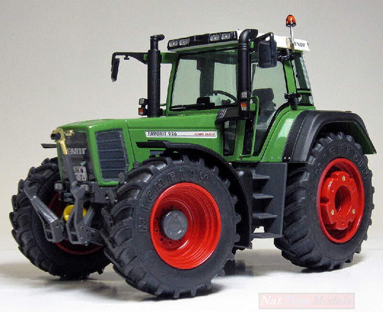 Fendt Favorit 926 Vario 1996-2000 1:32 Weise WEIS1025 Model