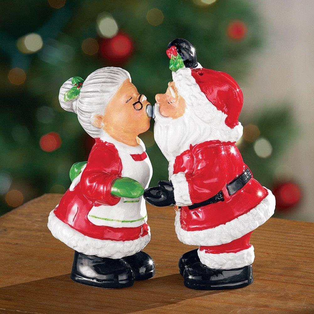 NUTCRACKER Salt and Pepper Shaker set Christmas Decor for Family dinner