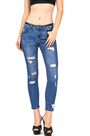 90896714d78a Wax Women's Juniors Mid-Rise Capri/Ankle Jeans at Amazon Women's ...