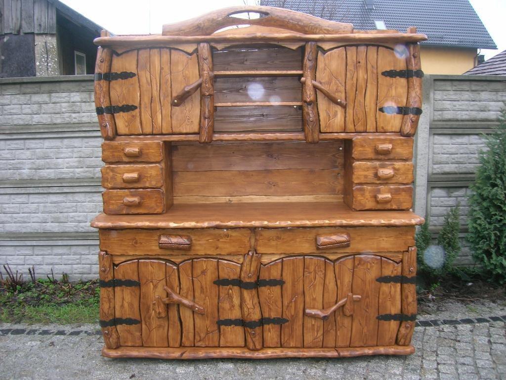 Einzigartiger rustikaler Gartenschrank aus Massivholz ...