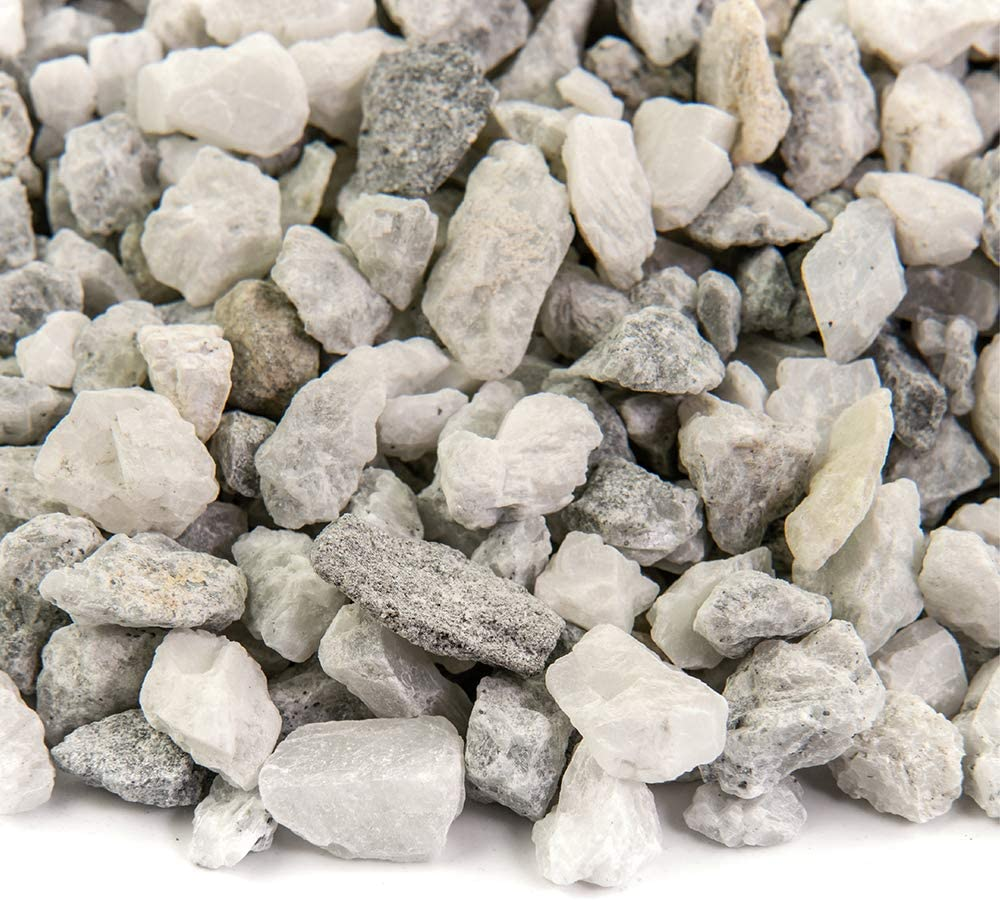 Amazon Com Southwest Boulder Stone Landscape Rock And Pebble 20 Pounds Natural Decorative Stones And Gravel For Landscaping Gardening Potted Plants And More White Ice 3 8 Inch Garden Outdoor